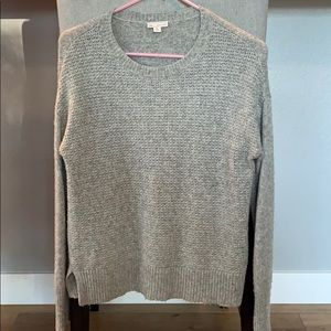 Gap crew neck textured knit sweater